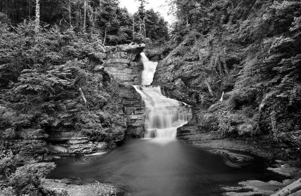 raymondskill-falls-